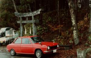 SUBARUff-1-1300G神社鳥居